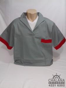 Camisa em brim gola italiana com detalhes